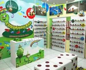 oborudovanie-dlja-detskogo-magazina-obuvi